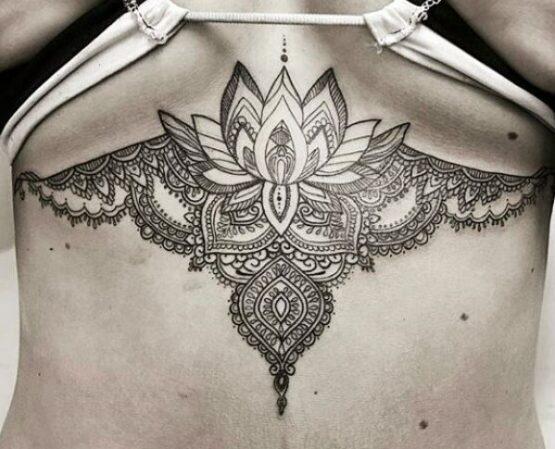 tatuaggi al seno